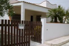 beach villa for sale san pietro in bevagna taranto sea view