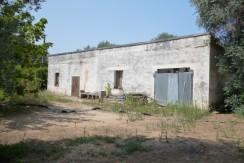 country house for sale in puglia oria to renovate
