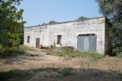 country house for sale in puglia oria to renovate