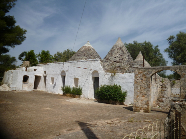 Trulli and lamia for sale Francavilla Fontana, TRULLI PALMO