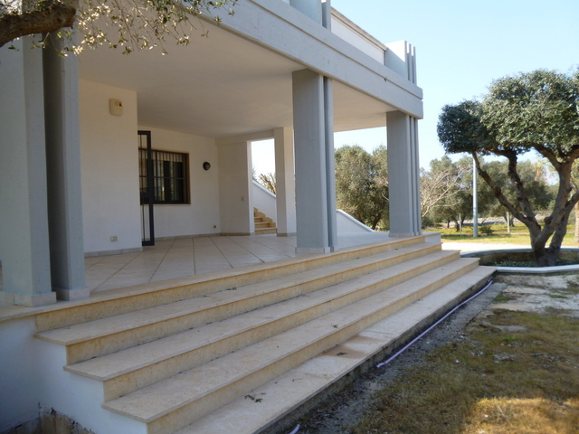 Villa for sale ready to live in with planning permit for a pool, VILLA LINDA
