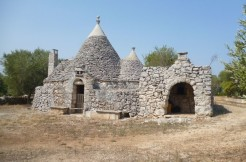 trullo for sale in puglia southern italy, grottaglie