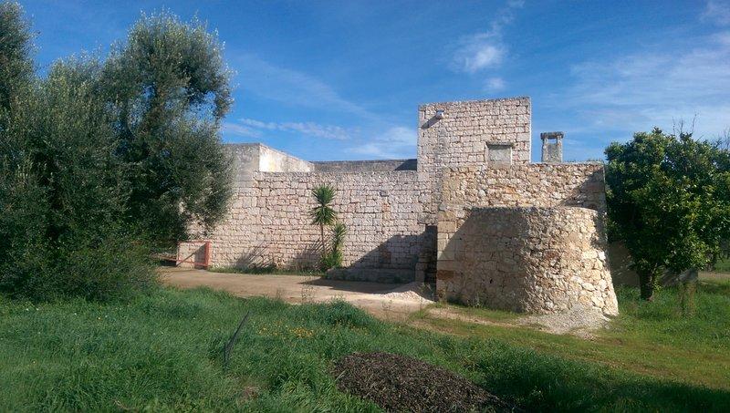 Masseria for sale in Puglia Italy with olive grove, Masseria Mia