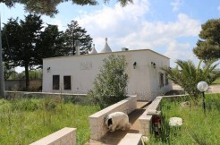 Trulli property for sale in Puglia Italy, swimming pool