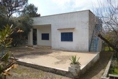 Country house for sale region Puglia Italy, with trullo