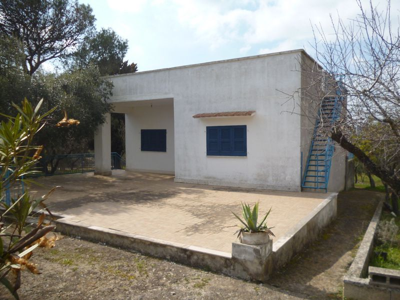 Country house for sale region Puglia Italy, HOUSE LILY