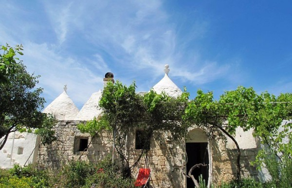 trulli complex for sale in puglia ceglie messapica, trulli anna