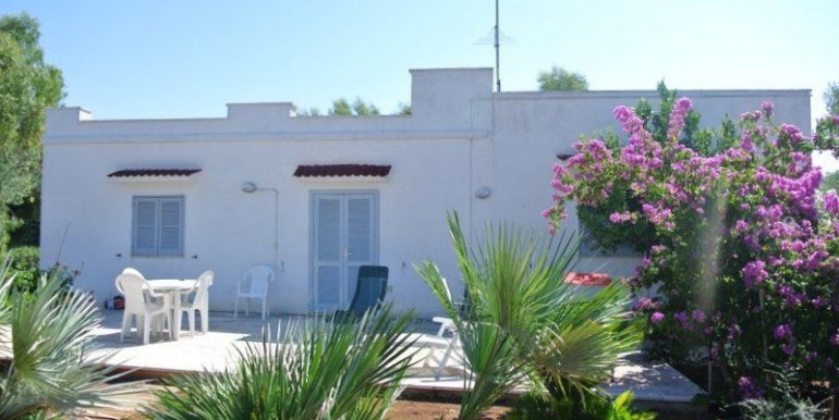 villa for sale in puglia, ceglie messapica