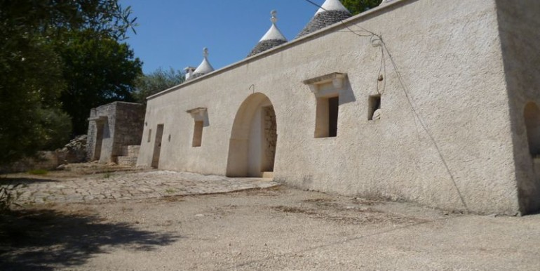 trulli house for sale in puglia martina franca