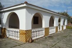 Villa for sale in Puglia Italy with garden, VILLA AMANDA
