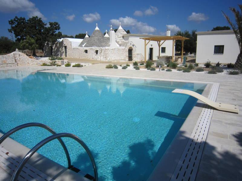 Trulli property for sale in Puglia Italy, swimming pool, TRULLI AMORE