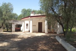 Country house for sale in Puglia Italy, to be renovated
