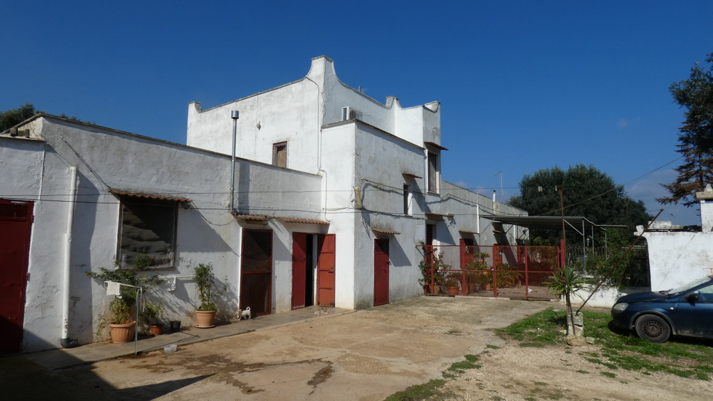 Property for sale in Puglia Italy, ideal as bed and breakfast