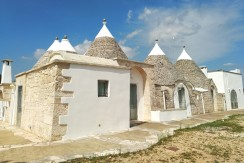 Impressive trulli property for sale in Puglia Italy, Ceglie Messapica