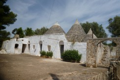 trulli complex with lamia for sale francavilla fontana brindisi