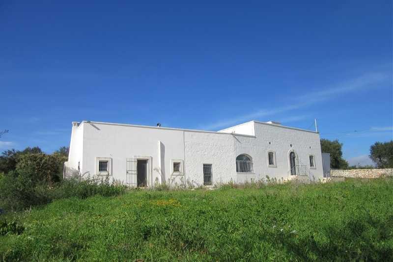 Property for sale in Puglia Italy, Villa I Mandorli