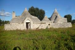 trulli complex for sale francavilla fontana puglia italy, trulli capece