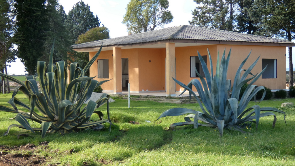 Villa for sale with garden Puglia Italy, VILLA ELY
