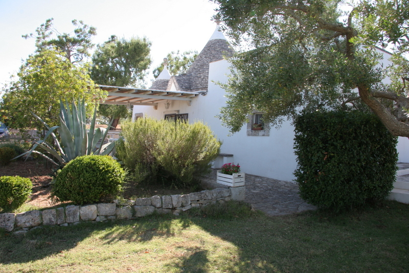 Trulli real estate for sale Puglia, Italy – TRULLI PALMA