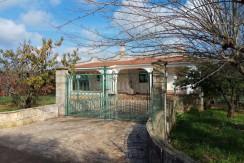 Property for sale in Puglia Italy, Ostuni, with appurtenant garden