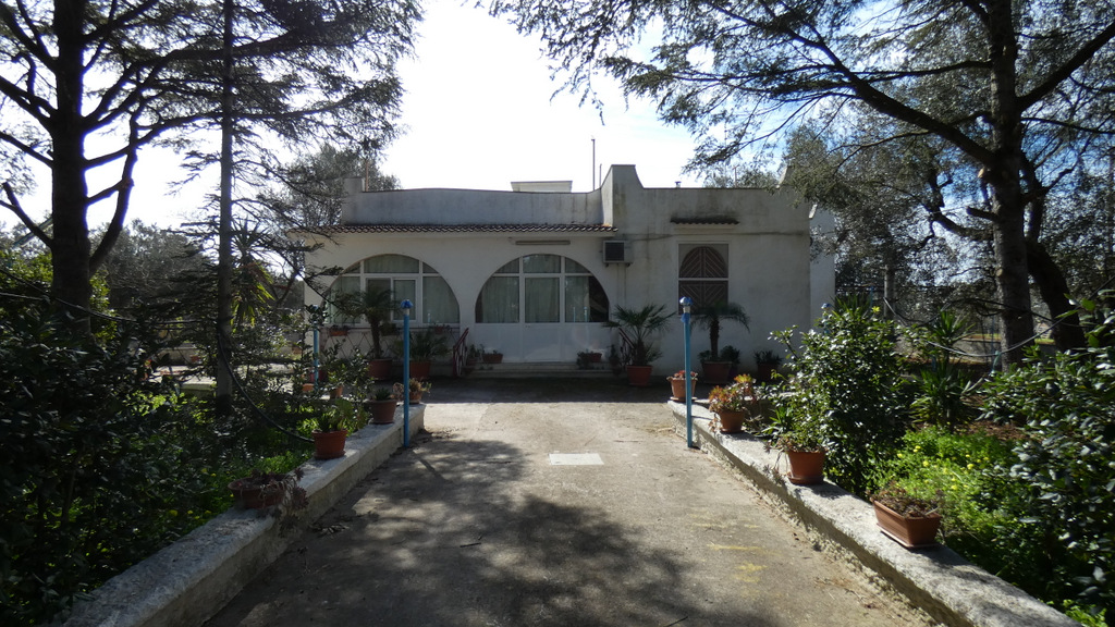 Country house for sale with appurtenant land, VILLA DANIELA