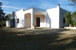 Property for sale with private garden in Puglia, Francavilla Fontana