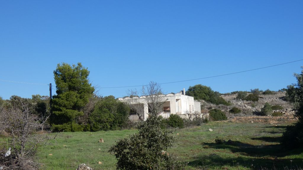 Property for sale at short distance from the Ionian sea