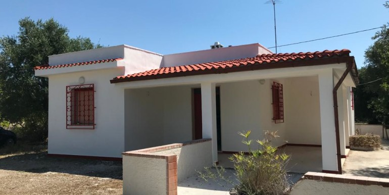 Country house for sale Francavilla Fontana, Puglia, Italy, olive grove