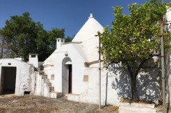 Trulli complex with lamia for sale in Puglia, Italy, good conditions