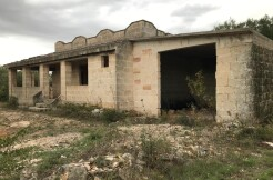 Country house for sale in Puglia, to be finished