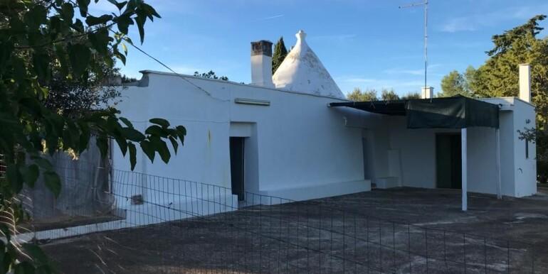 Trulli property for sale in Puglia, Ceglie Messapica, in good conditions