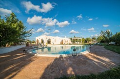 Villa with swimming pool for sale Ostuni, Puglia, Italy