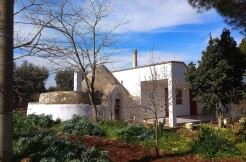 Villa with trullo for sale in Martina Franca, Puglia, Italy