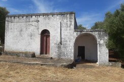 Lamia with trullo for sale Ostuni, with olive grove