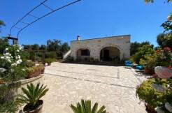 Stone villa for sale in Puglia, Italy, San Vito dei Normanni